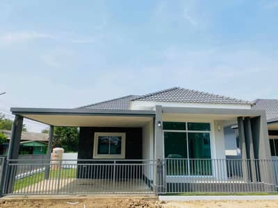 2 Bedroom Home for Sale in Mueang Chiang Mai, Chiangmai - House for sale in Nararom Project Zone behind Bangkok Hospital, Outer Ring Road 1