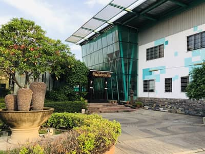 Office for Rent in Saphan Sung, Bangkok - Rental / sale for Modern office 1500 sqm on area 2 rai