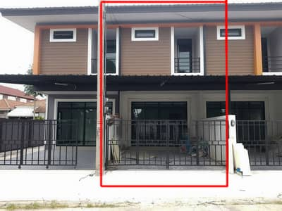 3 Bedroom Townhouse for Sale in Mueang Chiang Mai, Chiangmai - CG0434 Townhouse for sale with 3 bedrooms and 3 bathrooms. 20 sq. w.  Near the city.