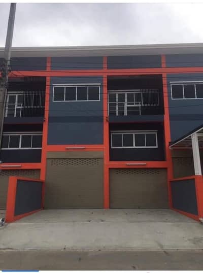 Factory for Rent in Krathum Baen, Samutsakhon - Sell, rent, warehouse, add property, Factory Land, 40 sq m, width 8 meters, new, ready to operate, located in Om Noi Subdistrict, Krathum Baen District