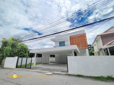 3 Bedroom Home for Sale in Mueang Chiang Mai, Chiangmai - CI0024 -A two storey house  for sale with 3 bedrooms,3 toilets and 1 kitchen.