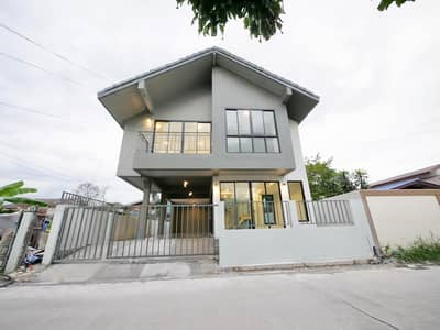 3 Bedroom Home for Sale in Prawet, Bangkok - Detached house ME-D Estate Srinakarin 45 near Seacon (On Nut 66 Intersection 19-12) new decoration, premium materials. Open for reservation today