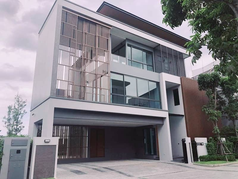 Brand new House with swimming pool and private lift for sale