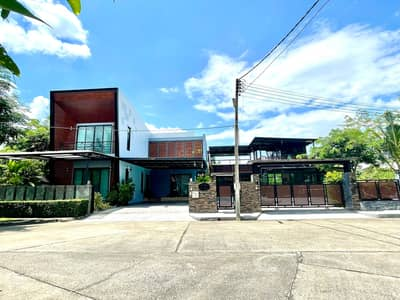 4 Bedroom Home for Sale in Mueang Chiang Mai, Chiangmai - Pool villa for sale near Ruamchok, 4 bedrooms, 5 bathrooms, 18 MB.