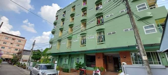 Apartment for Sale in Bang Khen, Bangkok - Apartment for sale, Phahon Yothin 53, Bang Khen district, next to the train station.