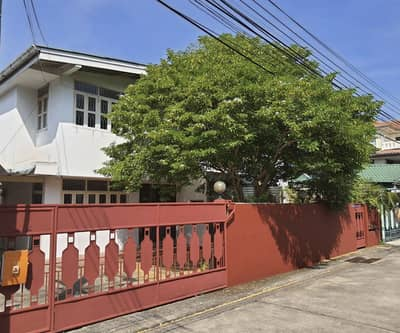 3 Bedroom Home for Rent in Wang Thonglang, Bangkok - Rent a detached house, Thai Sirinuea village, 56 sq m, location Town in Town, Ladprao