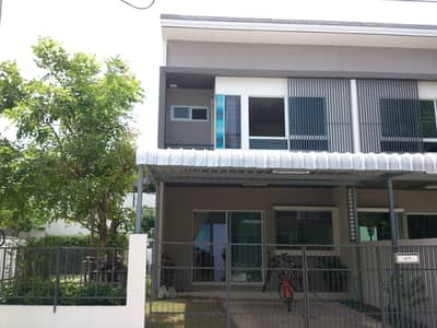 2 Bedroom Townhouse for Rent in Bang Bo, Samutprakan - For rent and sale 2-storey townhouse behind the edge of Land and Houses project near ABAC University Bangna-Trad Km. 26