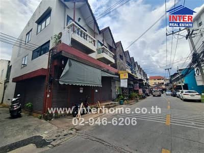 4 Bedroom Office for Sale in Mueang Chiang Mai, Chiangmai - 2 storey commercial building 46.8 sq. w. Peaceful red light intersection Morakot Road, Chiang Mai Province