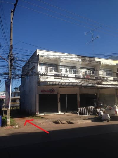 2 Bedroom Townhouse for Rent in Mueang Udon Thani, Udonthani - Townhouse 2 floors, available for rent, 1 room, 20 meters from Phon Phisai Road, in the center of Udon Thani, rent is 3000 baht.