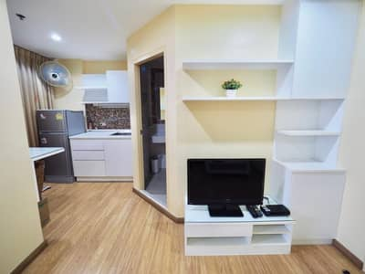 1 Bedroom Condo for Sale in Yan Nawa, Bangkok - Selling at a loss of only 1.8 million. Condo The Trust Ratchada Rama 3 ** 12th floor ** Condo, good location. Opposite Central Rama 3 **near expressway** near market, beautiful room, fully furnished, good view, no building block