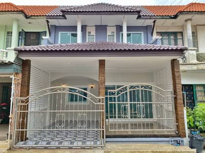 4 Bedroom Townhouse for Sale in Sai Noi, Nonthaburi - Townhouse for sale, 2 floors, 18 sq m. Bua Thong Village 4 Soi 6/2 Ban Kluay - Sai Noi. The newly renovated house is ready.