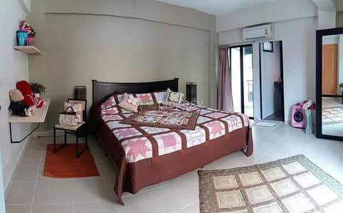 21 Bedroom Apartment for Sale in Bang Khen, Bangkok - Selling a newly built apartment, 6 floors, 39 rooms, new building. Near the train station, near the main road, near the university