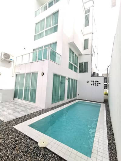 4 Bedroom Townhouse for Rent in Fang, Chiangmai - Rent a new townhome with swimming pool, 4 bedrooms, 5 bathrooms, 35,000 / month