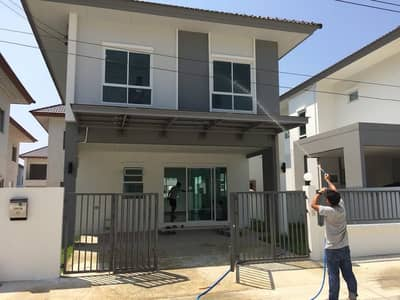 3 Bedroom Home for Sale in Phutthamonthon, Nakhonpathom - Selling at a loss, the price is lower than the project Sena Villa Salaya