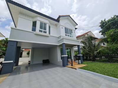 3 Bedroom Home for Sale in Lat Krabang, Bangkok - For sale by owner, Perfect place, Sukhumvit 77, size 62 sq. m. , new renovated house. The front of the house doesn't hit anyone.
