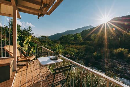 Hotel for Sale in Bo Kluea, Nan - Plai Mang Thang Rak Resotel Hotel business for sale, chic resort style along the Mang River, mountain view, surrounding Bo Kluea District, Nan Province, cool weather all year round. Open to tourists in every season.