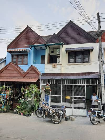 2 Bedroom Townhouse for Sale in San Kamphaeng, Chiangmai - Commercial building for sale1250000