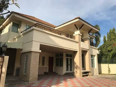 4 Bedroom Home for Rent in Bang Kapi, Bangkok - 2-storey house for rent in Ramindra - Suan Siam