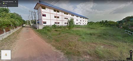 Land for Sale in Kantharawichai, Mahasarakham - Land for sale, Maha Sarakham Province, area of 1 rai, only 800 m from the university. For sale by owner.