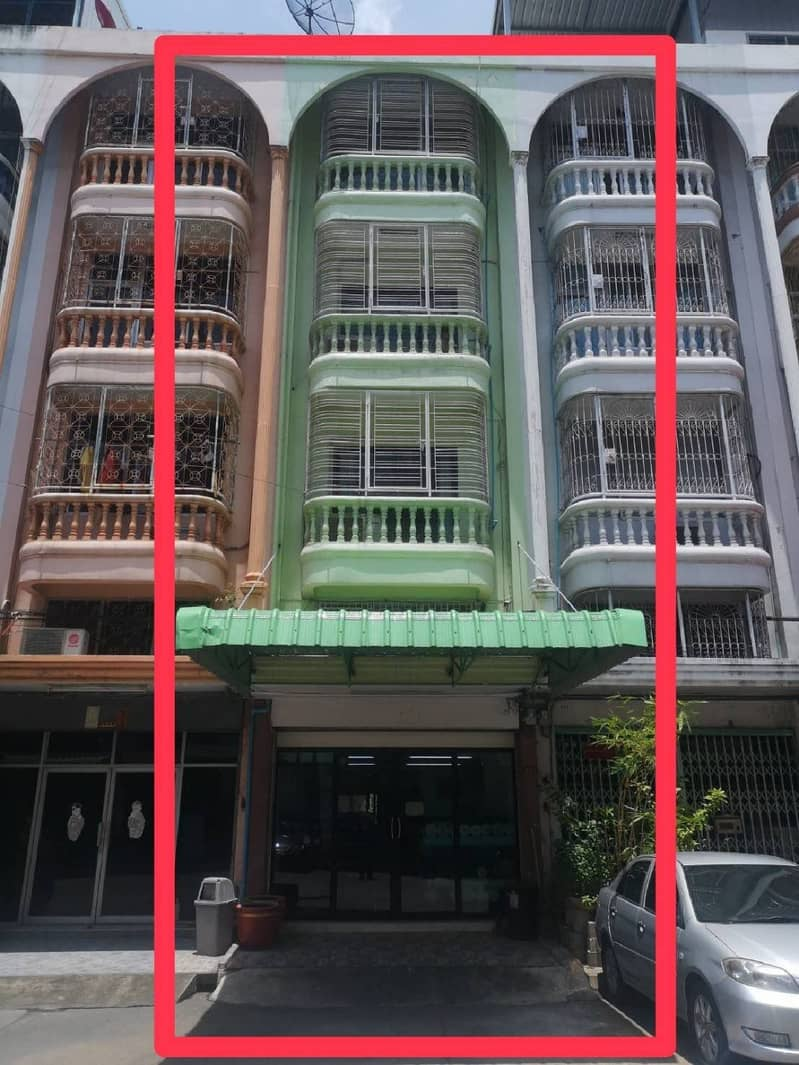 5-storey commercial building for sale, 15.2 square meters, decorated, Suksawat 62-2 M. Patcharaporn, 4 bedrooms, 3 bathrooms, opposite Big C Suksawat office.