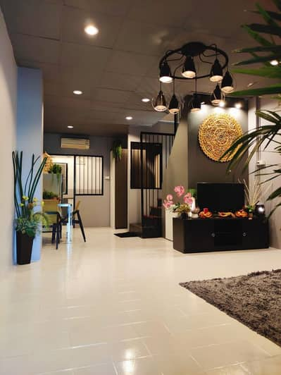2 Bedroom Townhouse for Rent in Don Mueang, Bangkok - House for rent