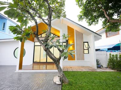 3 Bedroom Home for Sale in Bueng Kum, Bangkok - House for sale in Soi Nawamin 68 (Sermmit Village)