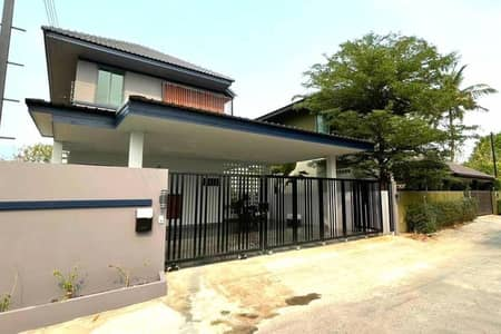 4 Bedroom Home for Rent in Mueang Chiang Mai, Chiangmai - Brand new modern House Near Lanna golf course for Rent. Private house.
