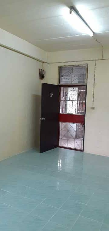 1 Bedroom Apartment for Rent in Mueang Pathum Thani, Pathumthani - Room for rent Rangsit City Flat Plathong Building 29 3rd Floor Room 35 Pathum Thani Province