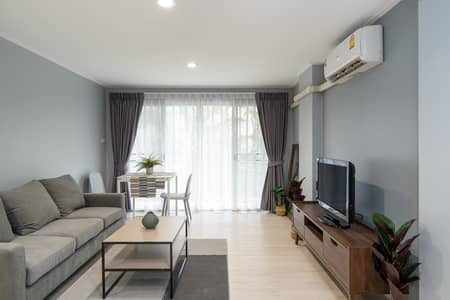 1 Bedroom Condo for Rent in Khlong Toei, Bangkok - 1B Newly renovated fully furnished and spacious BTS Phra Khanong