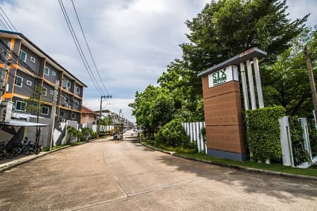 3 Bedroom Townhouse for Sale in Nong Khaem, Bangkok - 3-storey townhome width 5 meters near the entrance to the project, no flooding