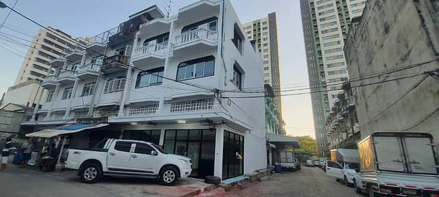 Commercial Building for Rent in Bang Khae, Bangkok - Townhome for rent   :  Bang Khae  Bangkok (0646654666 )