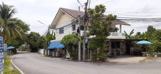3 Bedroom Apartment for Sale in Mueang Chiang Mai, Chiangmai - Sell beautiful apartment buildings, good location