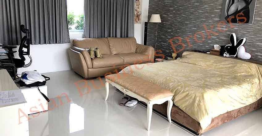 5007011 Villa for sale for rent in Hua Hin.