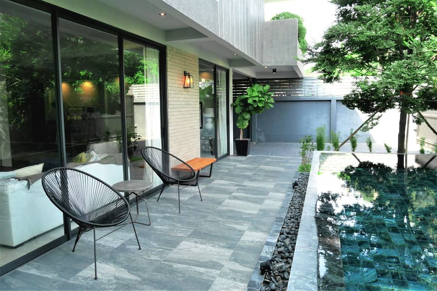 Contemporary house Sukhumvit 65 and Pridi 15 for Sale 4beds 4baths 450sqm 43MB