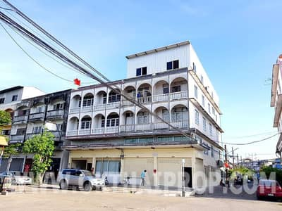 Commercial Building for Sale in Bang Bua Thong, Nonthaburi - 2 shophouses, Chantima Thani University, Bang Bua Thong, cheap sale ""