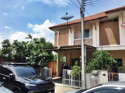 3 Bedroom Townhouse for Sale in Mueang Samut Sakhon, Samutsakhon - Quick sale!! and cheap Townhouse The First Home 2 Phanthai Norasing Rama 2