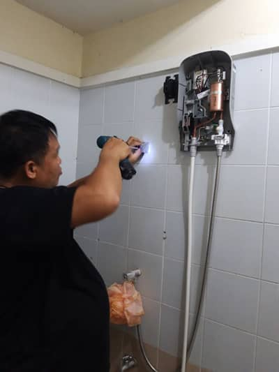 Hotel for Rent in Lam Luk Ka, Pathumthani - Installation of water heaters 800 baht