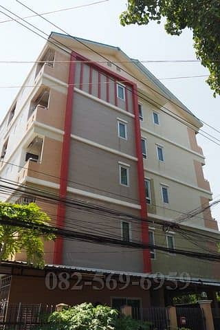 Apartment for sale, Soi Ratchada 36, Apartment for sale, 5 floors, Soi Suayai Uthit (Ratchada 36), good location, worth investing in.