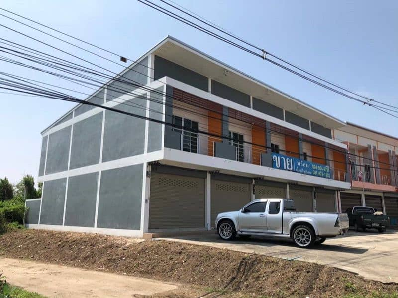 2 storey commercial building for sale