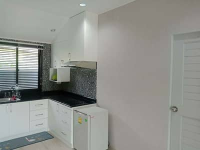 3 Bedroom Home for Sale in Phanom Sarakham, Chachoengsao - Selling a new project 5 waterfront garden houses, resort atmosphere, very good weather, fences around CCTV, underground lights, private gardens, suitable for resorts or vacation home in the municipality, Sanam Chaikhet District