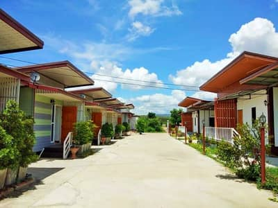 Hotel for Sale in Khok Samrong, Lopburi - A new resort opened near the market with regular customers.