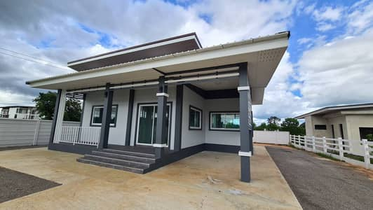 Home for Sale in Chom Bueng, Ratchaburi - House for sale with land size 180 sq m.