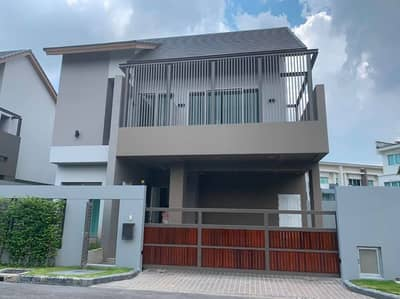 3 Bedroom Home for Sale in Lat Phrao, Bangkok - Single sale 2 storey private Nirvana Residence behind CDC along Ramintra Express. Soi Yothin Phatthana 11