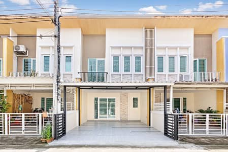4 Bedroom Townhouse for Sale in Bang Kruai, Nonthaburi - Townhome 2 floors, newly renovated, Golden Town Pinklao-Charansanitwong 1, ready to move in, near the expressway