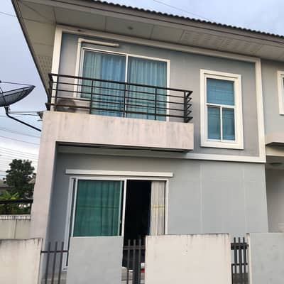 3 Bedroom Home for Sale in Mueang Ubon Ratchathani, Ubonratchathani - 2 storey detached house in Sarin Living Kham Yai project, in the heart of the city, behind the transport station. Just 2 km. away from Big C Shopping Center. The house is relatively new, corner plot, area 0-0-54 rai, 3 bedrooms, 1 living room, 1 restauran