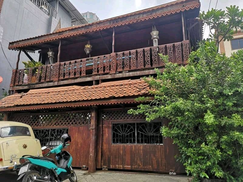 2 detached houses for sale next to each other, Thai style teak house