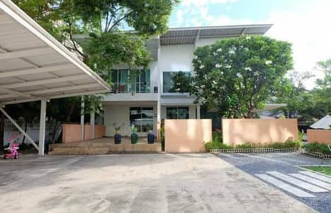 3 Bedroom Home for Sale in Bang Yai, Nonthaburi - House for sale, 2 storey detached house with vacant land, prime location, suitable for a residence or home office
