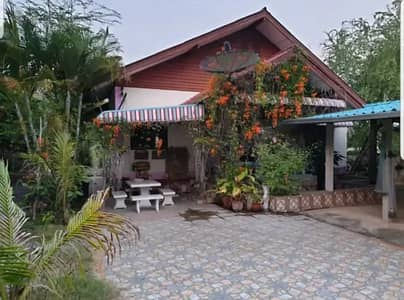 2 Bedroom Home for Sale in Long, Phrae - Single detached house for sale, urgent, discount, very cheap 990,000 baht, resort style, cheap price, new interior, clean, free, fully furnished, garden house, shady atmosphere, 50 meters from school