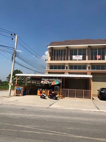 Commercial Building for Rent in Bang Pa-In, Ayutthaya - Soi Wat Phut Nimit, in front of Vieng Thong Village 3