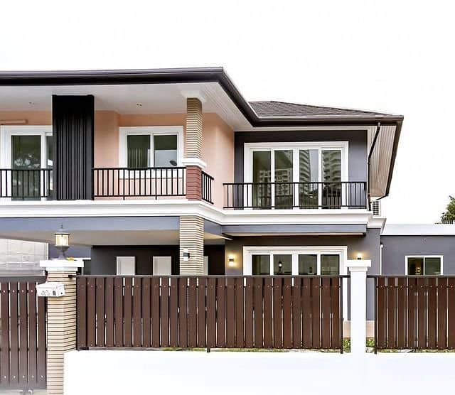 Consulting services for building a house At a friendly price Interior decoration contractor